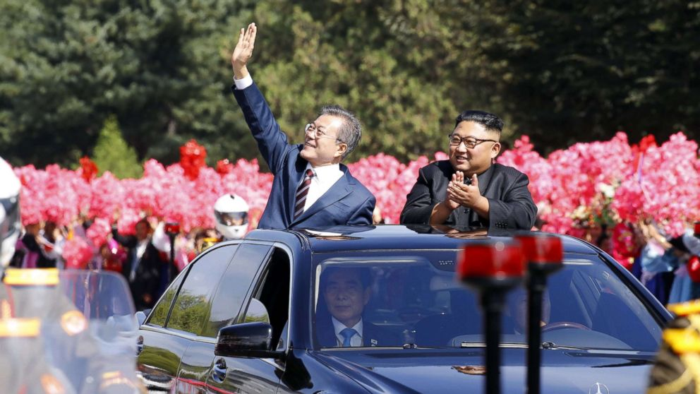 North Korean leader Kim Jong Un and South Korean president Moon Jae-in wave to North Korean citizens at a parade in Pyongyang, North Korea. Sep 18, 2018.