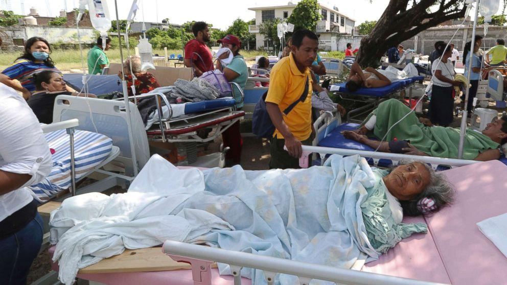 https://s.abcnews.com/images/International/mexico-earthquake-hospital-ap-ps-170908_16x9_992.jpg