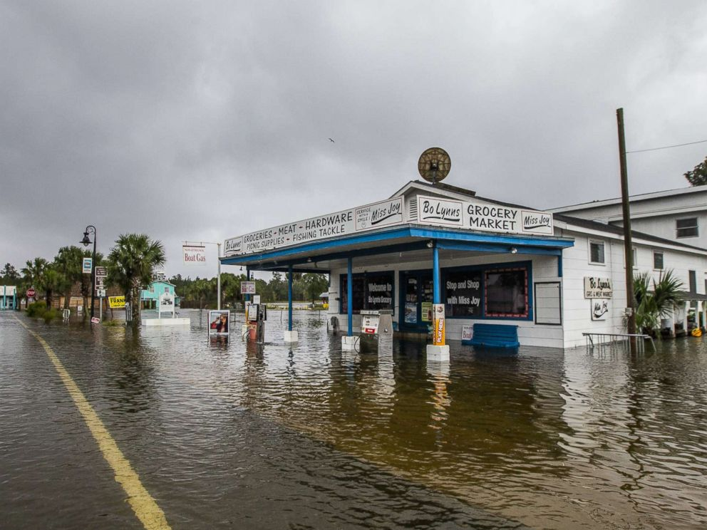 PHOTO: Bo Lynns Market starts taking water in the town of Saint Marks as Hurricane Michael pushes the storm surge up the Wakulla and Saint Marks Rivers which come together here on Oct. 10, 2018 in Saint Marks, Fla.
