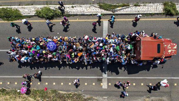 https://s.abcnews.com/images/International/migrant-caravan--11-gty-rc-181022_hpMain_2_16x9_608.jpg