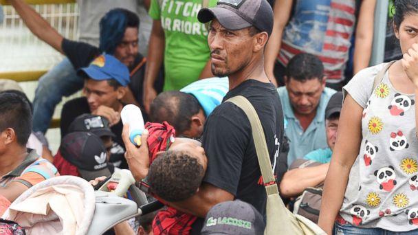 https://s.abcnews.com/images/International/migrants-gty-010-jpo-181020_hpMain_16x9_608.jpg