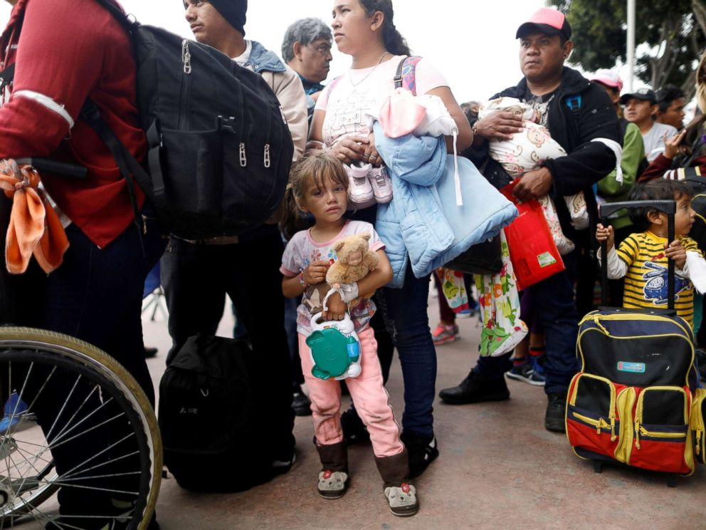 Central American migrants from 'caravan' have entered USA, official reports