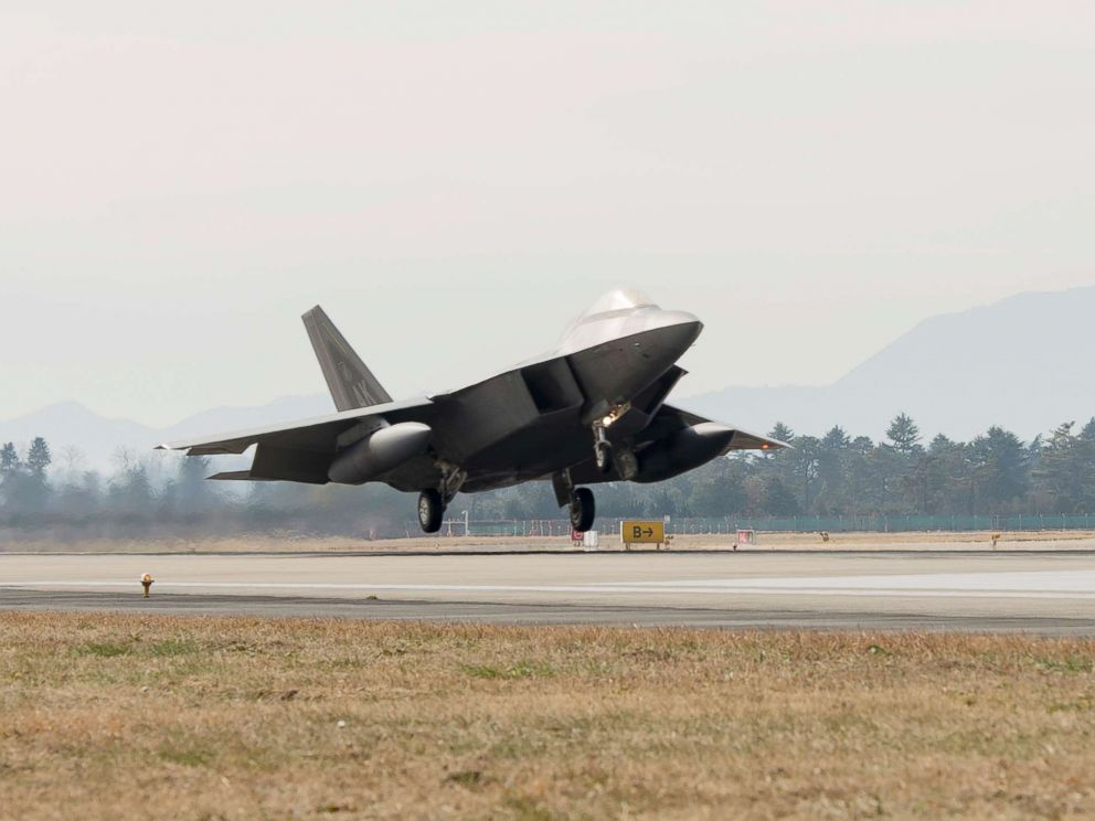 PHOTO: A F-22 Raptor touches down at Gwangju Air Base, Republic of Korea, Dec.02, 2017.