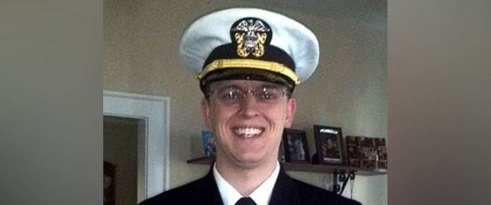 PHOTO: The U.S. Navy identified its missing sailor on the USS Stethem Saturday as Lt. Steven D. Hopkins.