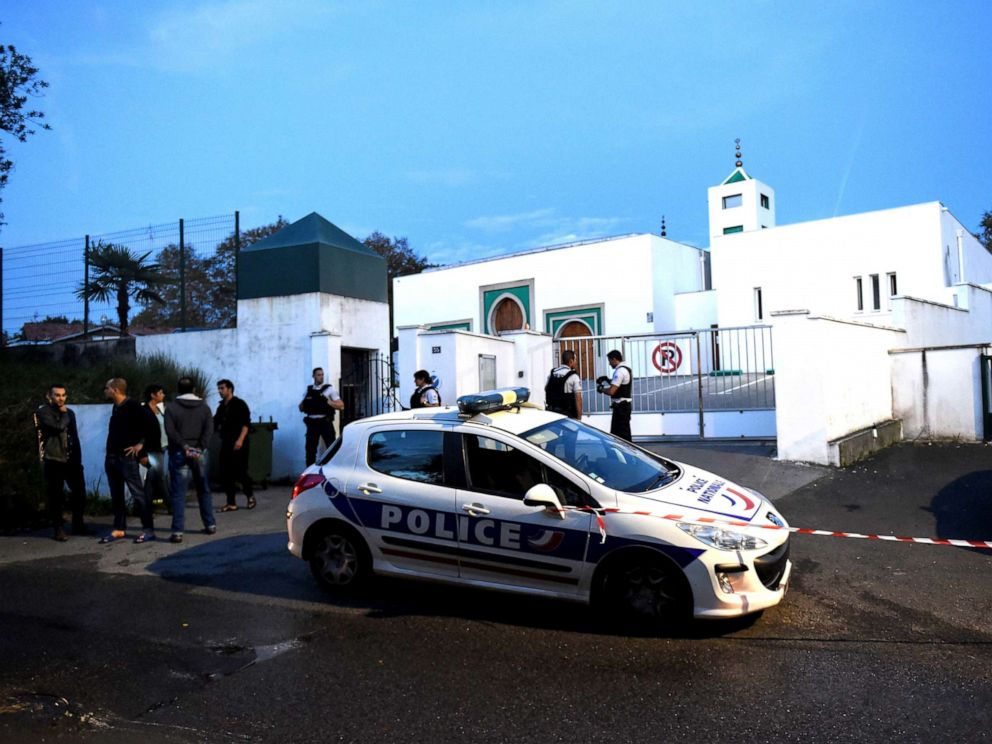 PHOTO: French police officers stand in front of the Mosque of Bayonne, in southwestern France, Oct. 28, 2019, after two people were injured in a shooting.