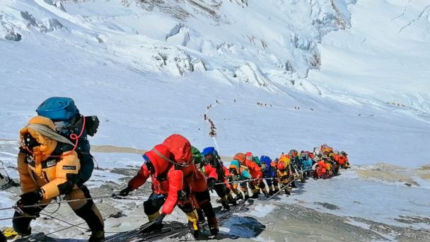 How one of the deadliest seasons on Mount Everest unfolded, leading to 11 deaths