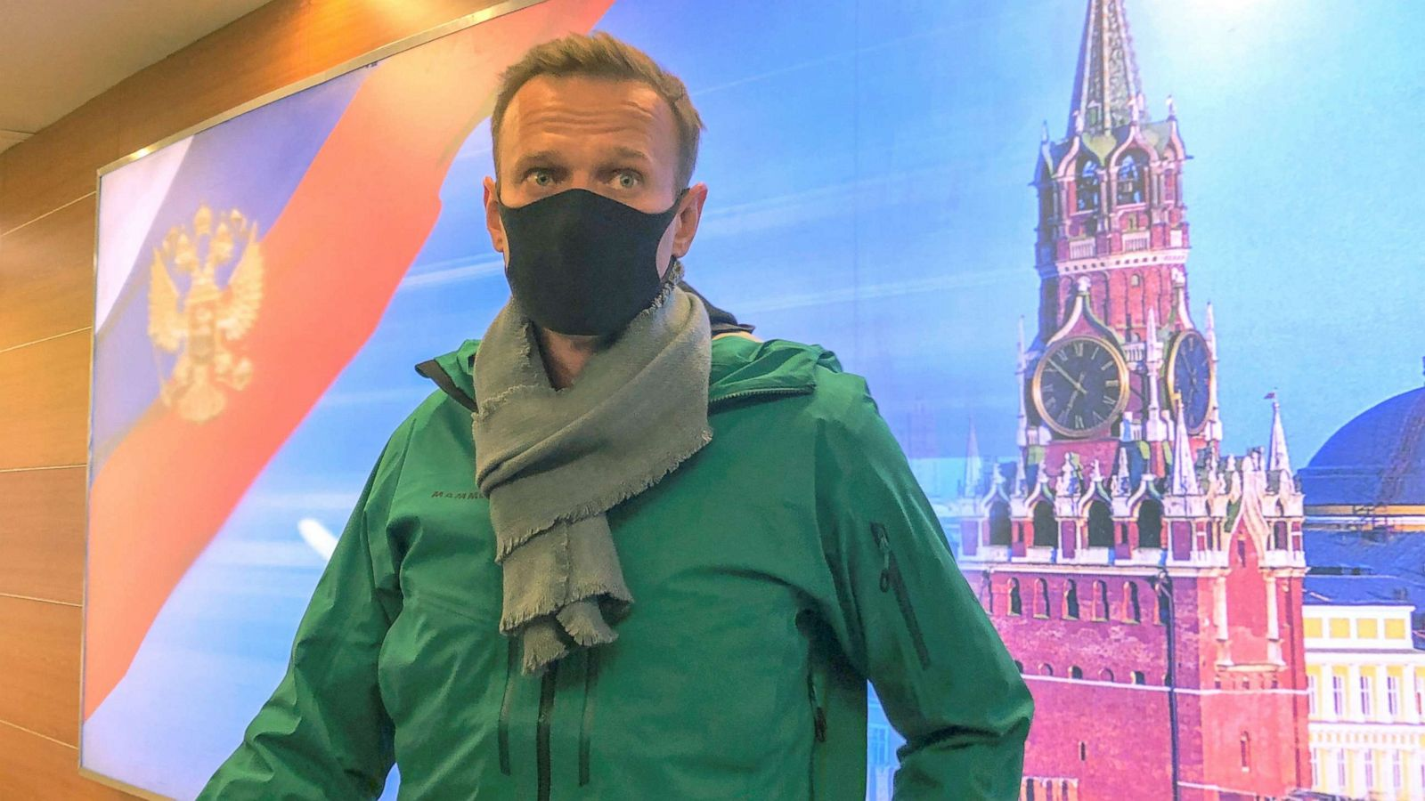 Poisoned Russian opposition leader Alexey Navalny detained upon arrival in Moscow