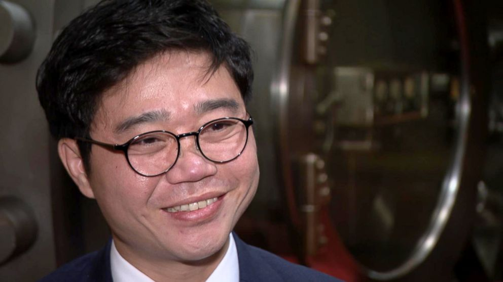 PHOTO: Ji Seong-ho was invited by President Trump to attend the State of the Union address in 2018. He hopes human rights come up in future discussions between Trump and Kim Jong Un.   For some North Korean defectors, Trump-Kim summit offers hope; others don't buy it nk defectors ji seong ho abc jef 180615 hpEmbed 16x9 992
