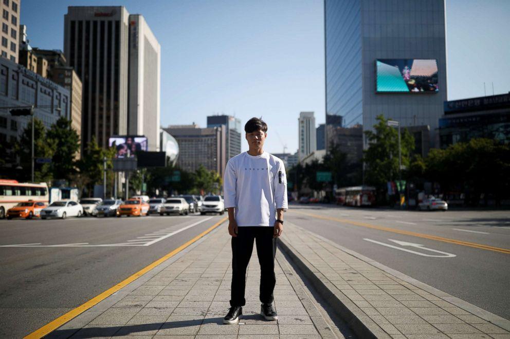 PHOTO: Lee Oui-ryuk, 29, poses for a photograph in Seoul, South Korea, Sept. 12, 2017.
