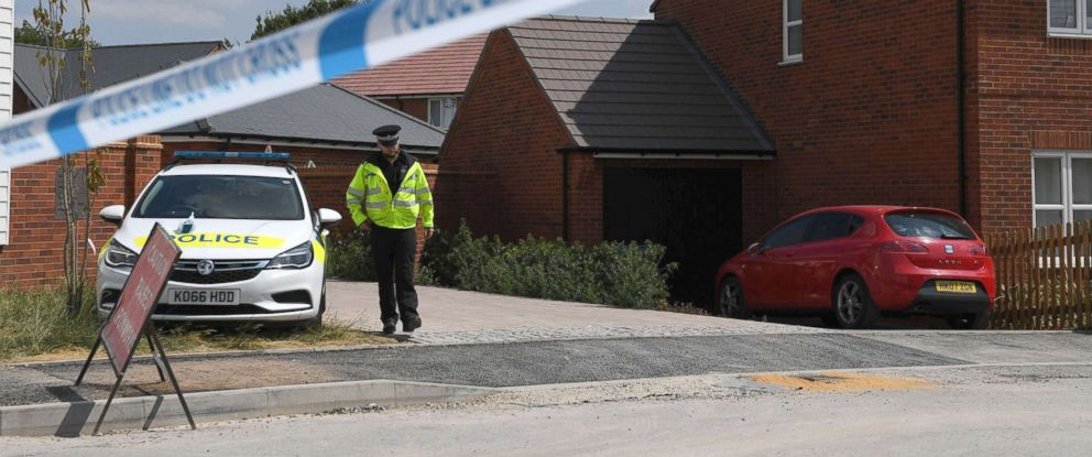 PHOTO: A police officer guards a cordon at a residential address in Amesbury, southern England, July 5, 2018, where police reported a man and woman were found unconscious after contact with the nerve agent Novichok.