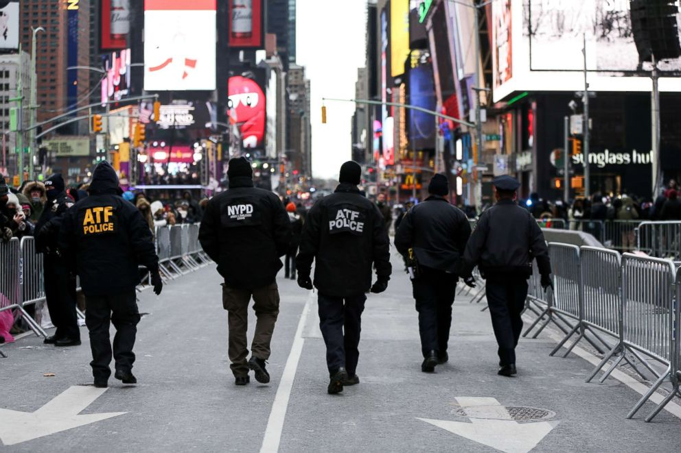 PHOTO: New York Police Department (NYPD) officers secure Times Square ahead of the New Years Eve celebrations in New York City, Dec. 31, 2017.