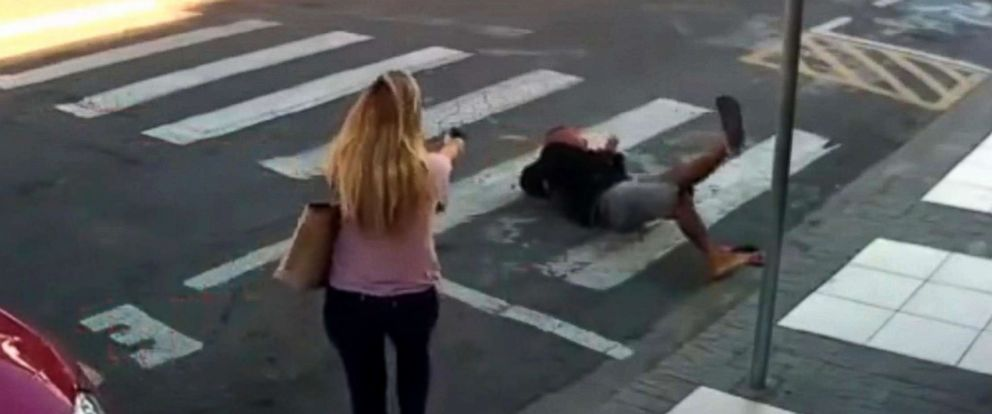 PHOTO: An off-duty police officer helped take down an armed assailant outside an elementary in Sao Paulo, Brazil.