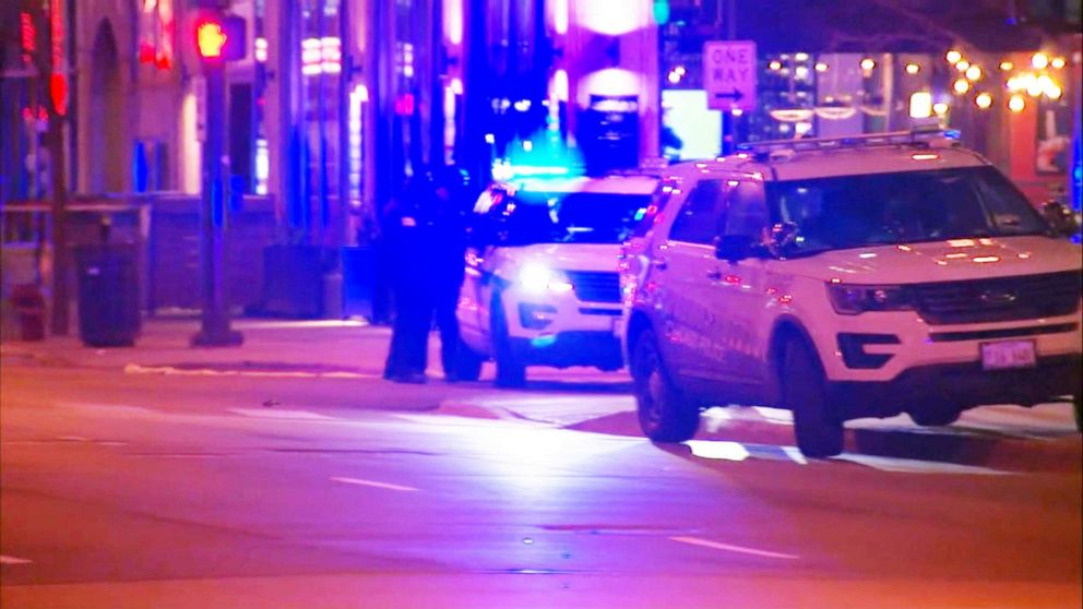 PHOTO: An off-duty Chicago police officer was shot and killed while sitting in a vehicle early Saturday morning, March 23, 2019.