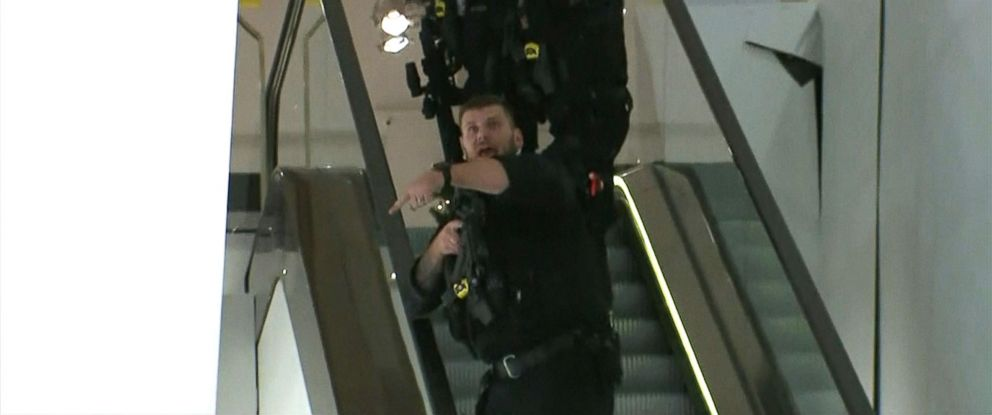 PHOTO: Armed police officers at Oxford Circus station in London, Nov. 24, 2017.