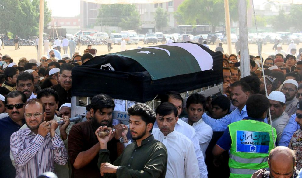 PHOTO: Relatives and residents carry the coffin of slain Pakistani exchange student Sabika Sheikh, who was killed during a school shooting in Texas, following her bodys arrival from the United States, in Karachi on May 23, 2018.