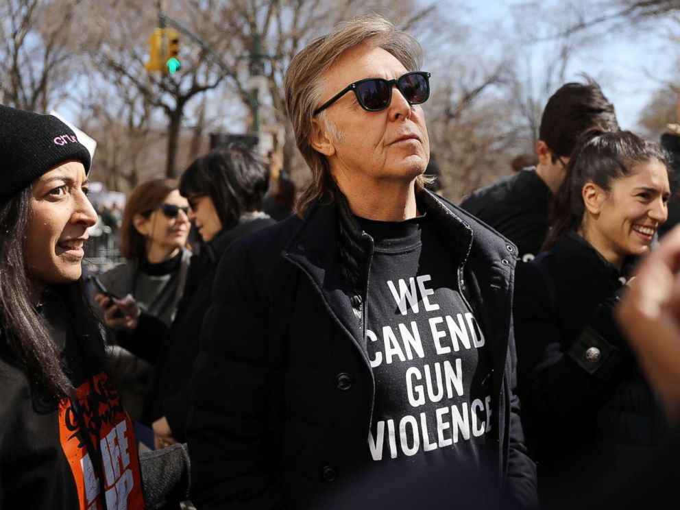 Paul McCartney makes heartfelt plea to end gun violence at #MarchForOurLives rally