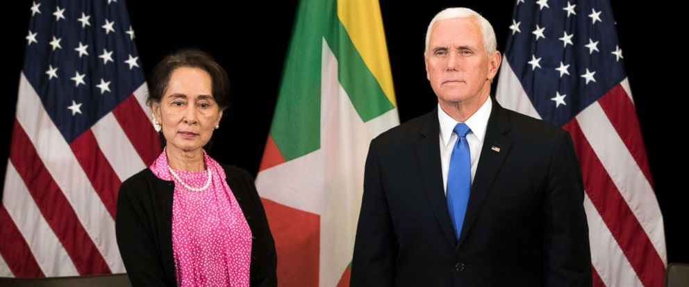PHOTO: Vice President Mike Pence, right, meets Myanmar leader Aung San Suu Kyi in Singapore, Nov. 14, 2018.