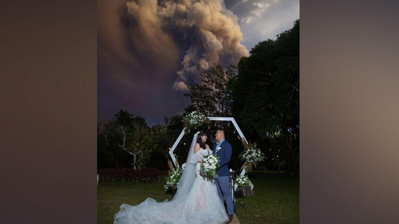 phillipines-volcano-ht-rc-200113-hpMain-v4x3-16x9-1600