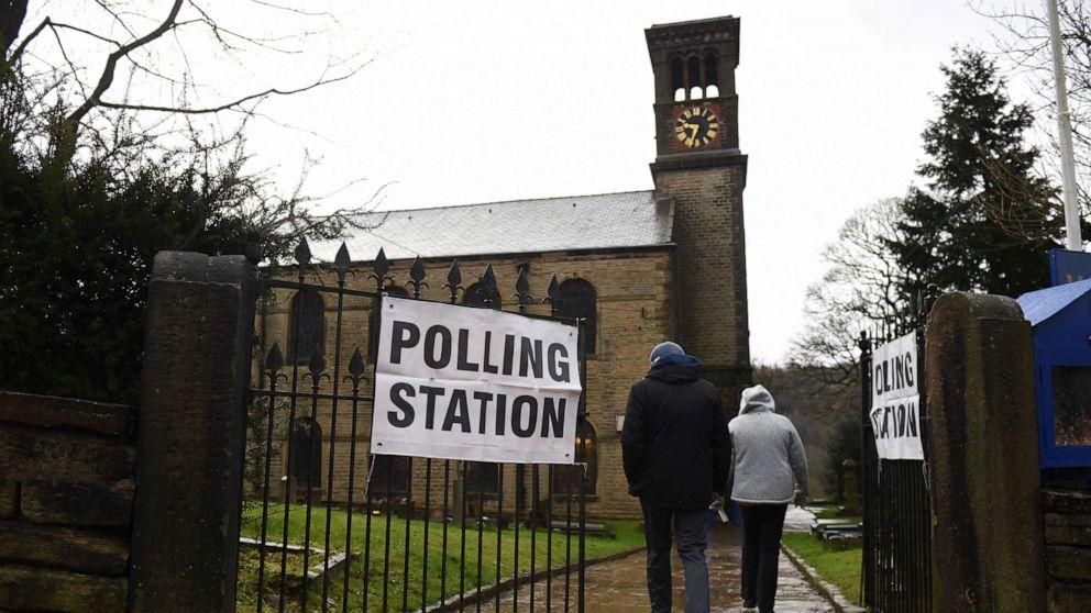 早めの出口調査によ示す巨大な勝利のための保守派に英国の選挙