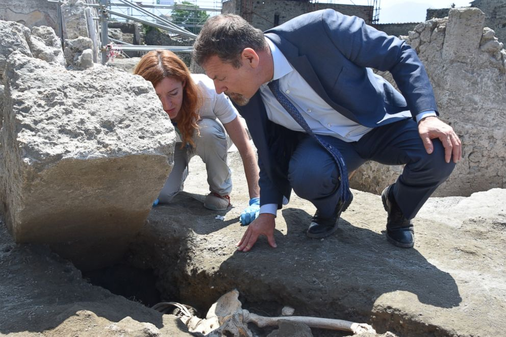 Archaeologists discovered the skeleton of a man at the Roman city of Pompeii who they believe fell while fleeing Mt. Vesuvius's volcanic eruption in 79 A.D.