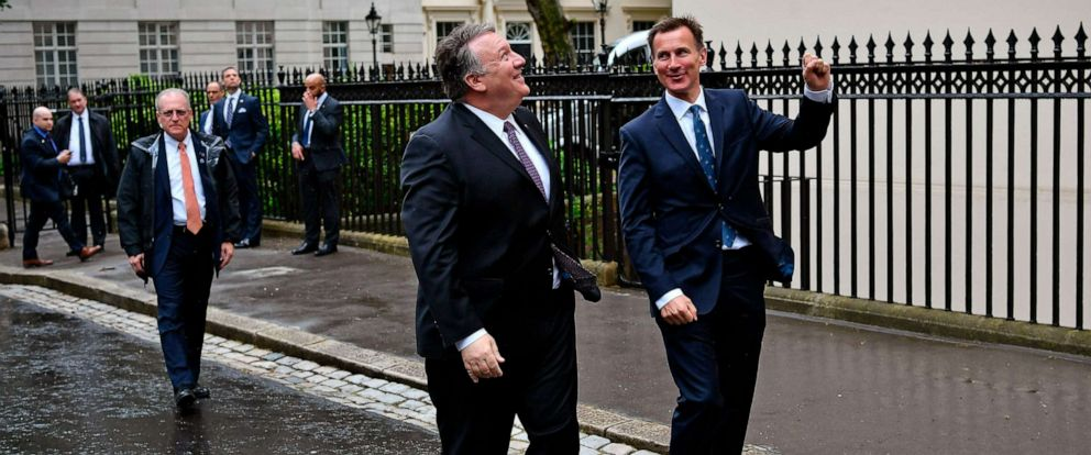 PHOTO: Secretary of State Mike Pompeo is greeted by Britains Foreign Secretary Jeremy Hunt, right, in central London, May 8, 2019.