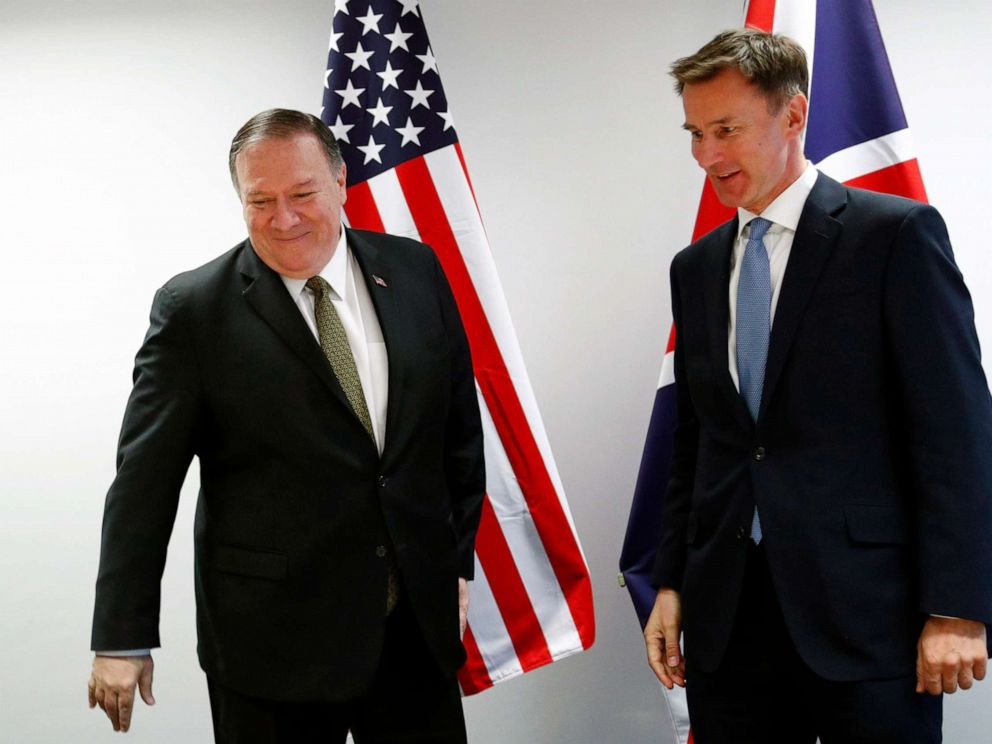 PHOTO: Secretary of State Mike Pompeo poses with Britains Foreign Secretary Jeremy Hunt at the European Council in Brussels, May 13, 2019.