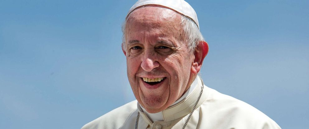 PHOTO: Pope Francis smiles during the general audience in St. Peters Square at the Vatican, June 6, 2018.