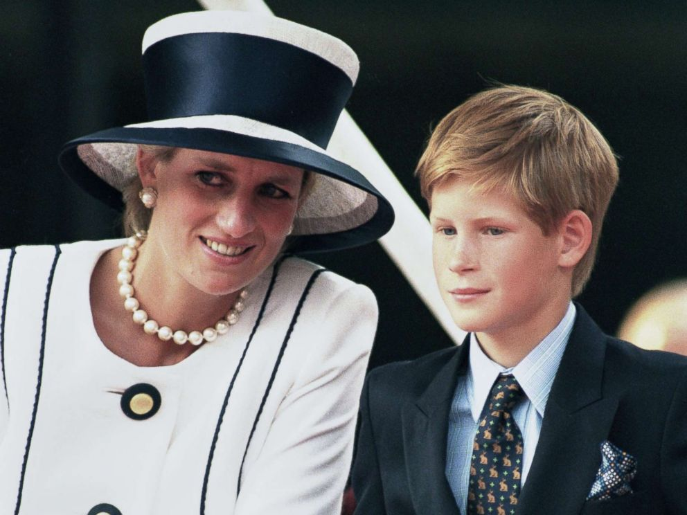 PHOTO: Princess Diana with her son Harry, attending an event in London, Aug. 19, 1995.