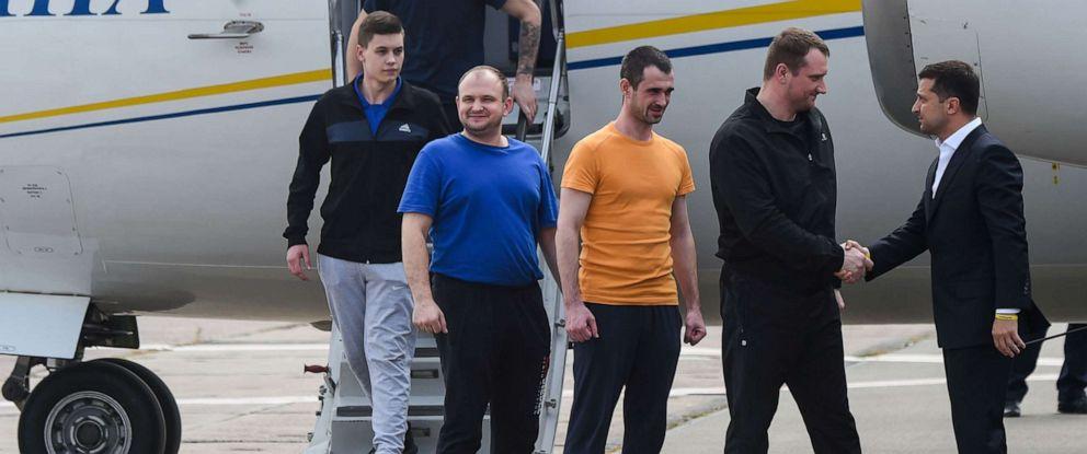 Russia, Ukraine hold prisoner exchange in major diplomatic