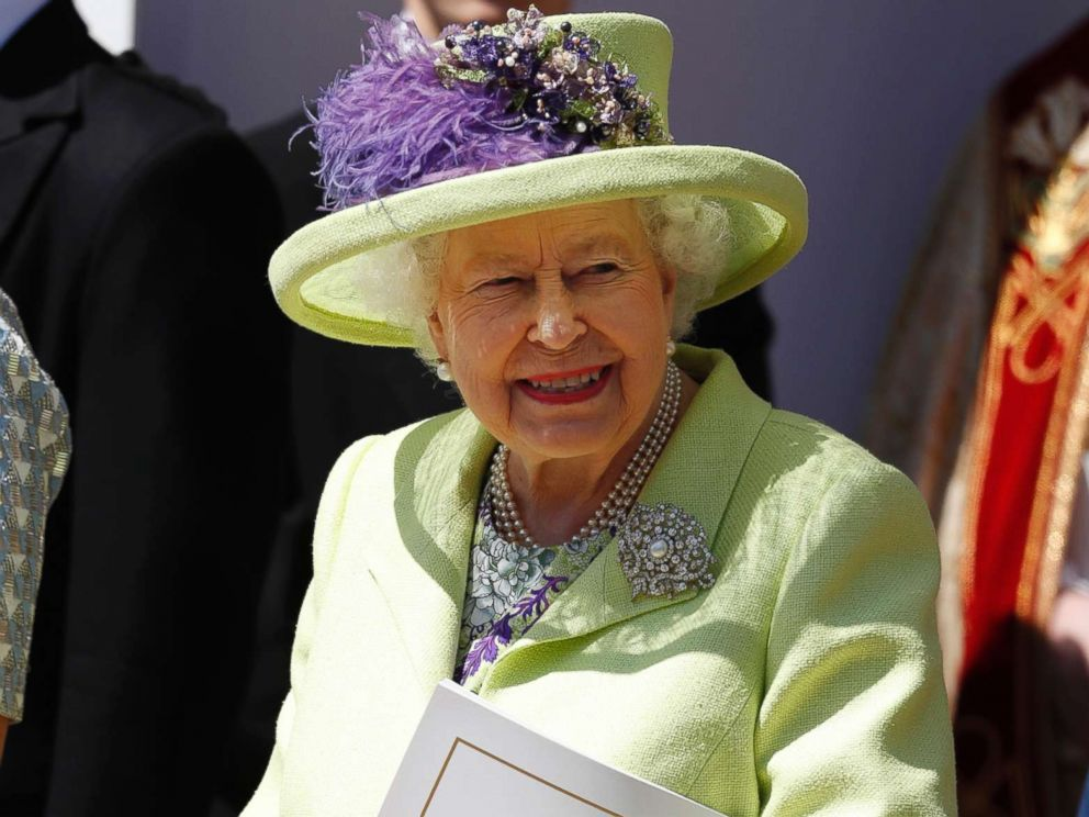 Queen Elizabeth II celebrates 65th anniversary of her ...