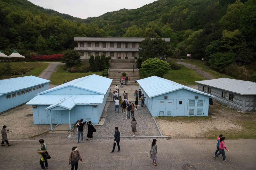 Movie set recreates Panmunjom zone where Kim Jong Un met