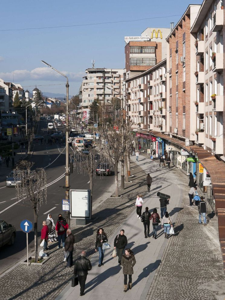 PHOTO: The city of Ramnicu Valcea in Romania, 2010.