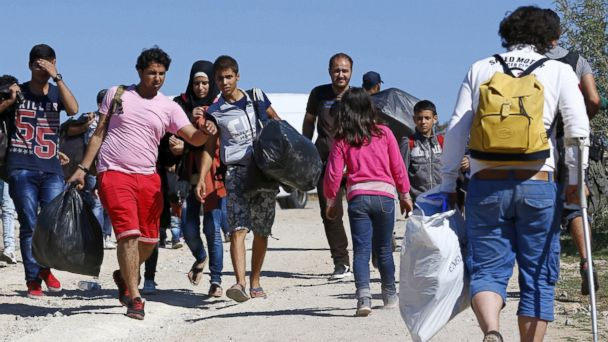 https://s.abcnews.com/images/International/rtr_turkey_migrants_jc_150901_16x9_608.jpg