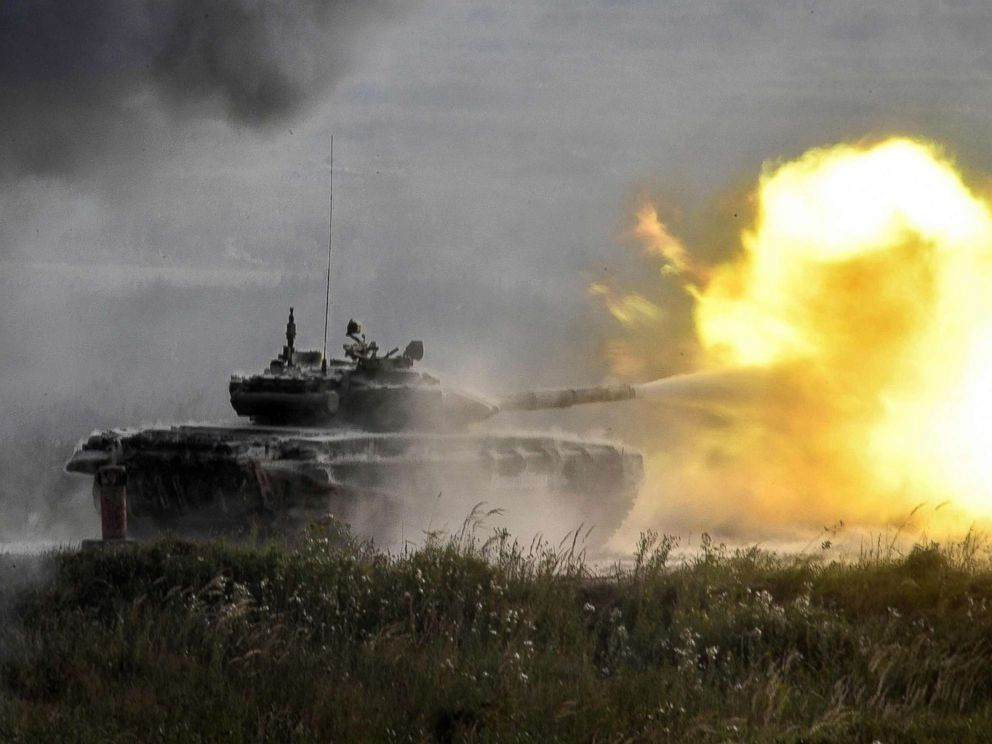 PHOTO: A Russian T-90 tank fires in Kubinka Patriot Park outside Moscow during the first day of the Army 2017 International Military-Technical Forum, Aug. 22, 2017.