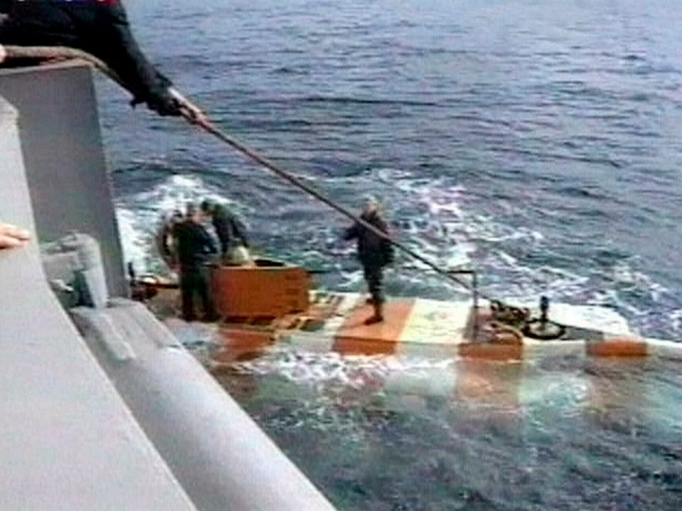 Fire kills 14 on Russian navy submarine - ABC News
