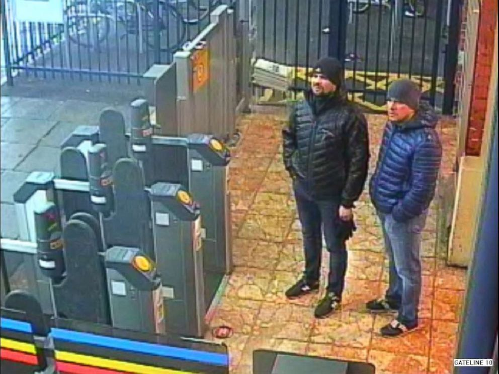 Metropolitan PoliceA surveillance image shows both suspects at Salisbury train station at 4:11