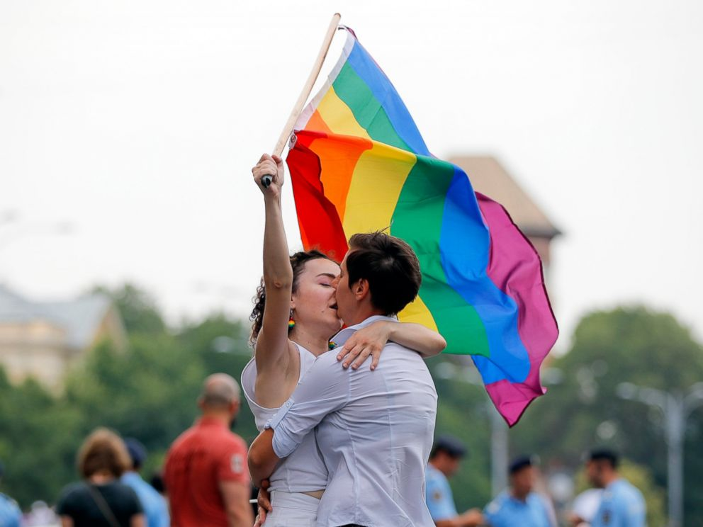 U.S. will not grant diplomatic visas to same-sex partners