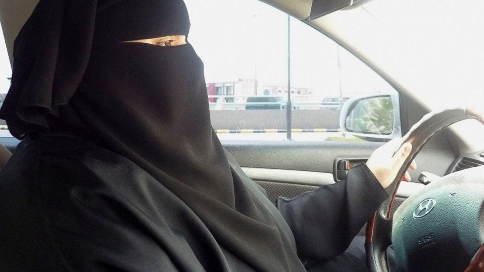 Saudi Interior Ministry allows Women to drive cars