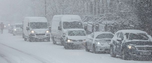 New winter storm in UK strands travelers, train and bus