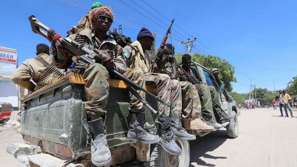PHOTO: Somali soldiers supporting opposition leaders are seen in the streets of the Yaqshid district of Mogadishu, Somalia, on April 25, 2021.