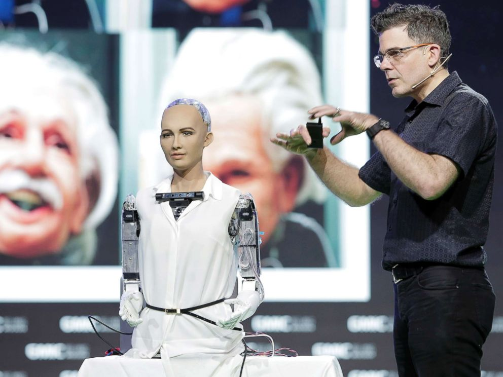 PHOTO: David Hanson, founder and CEO of Hanson Robotics, introduces the process of creating Robot Sophia, an ultra-realistic female humanoid robot, during the 2016 Global Mobile Internet Conference on April 29, 2016, in Beijing.