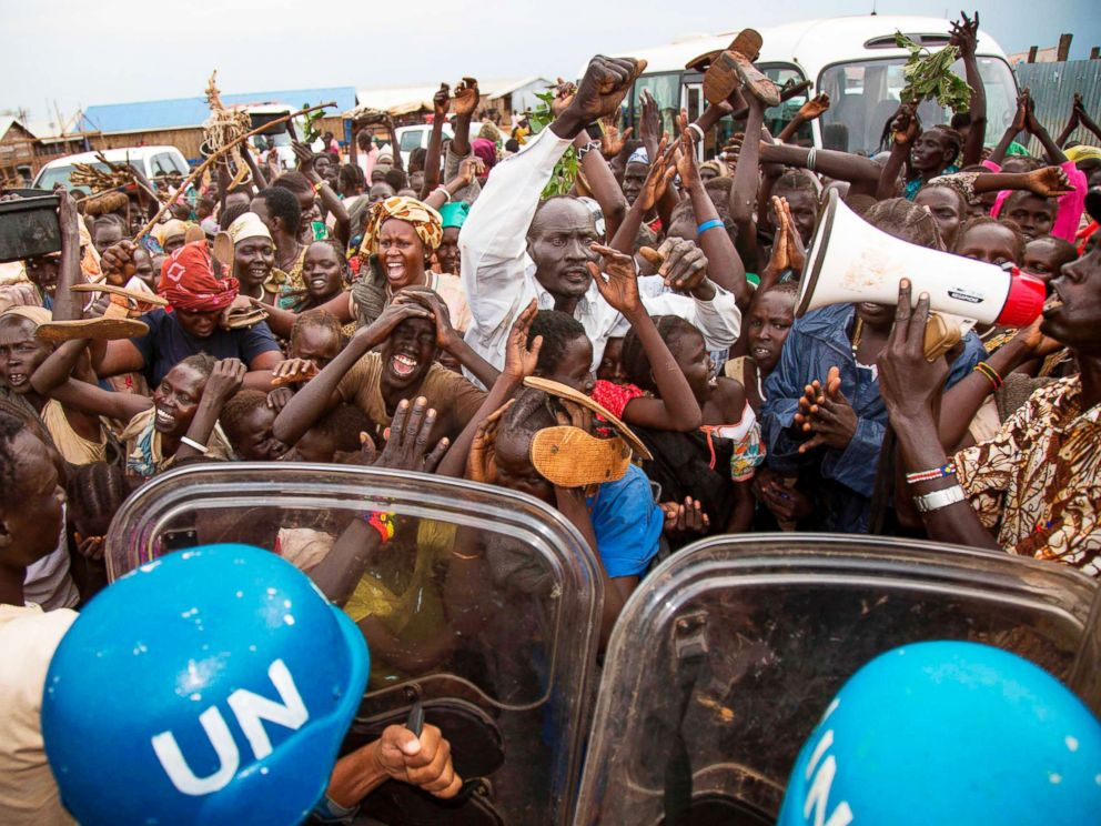 PHOTO: Internally displaced people demonstrate at the UN Protections of Civilians in Juba, South Sudan, Oct. 25, 2017.