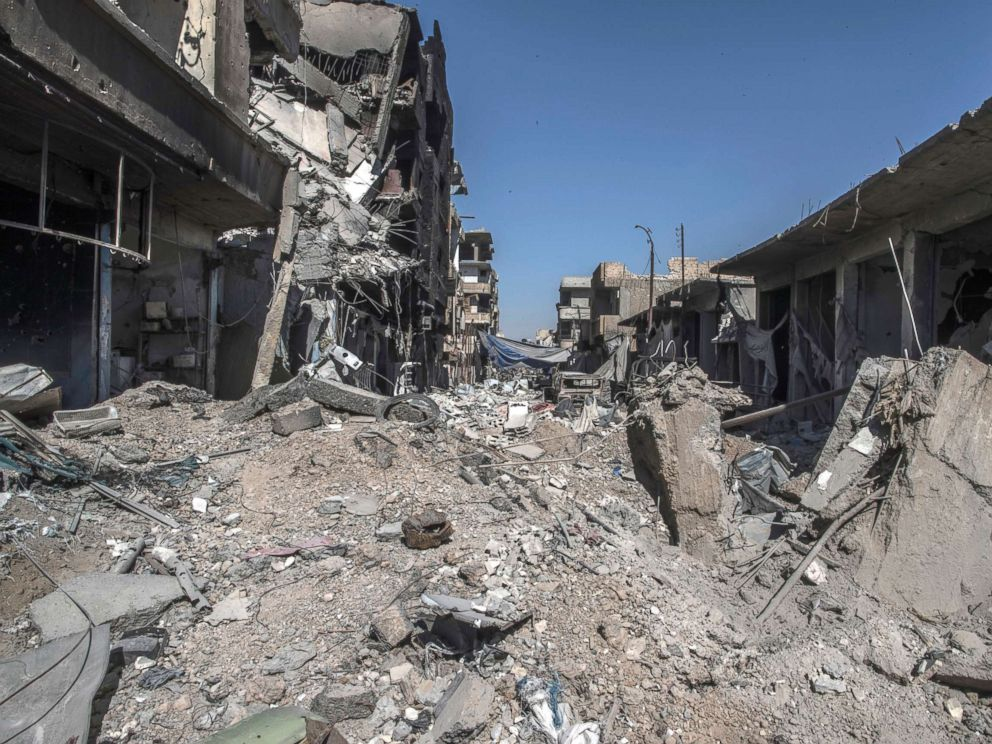 PHOTO: A heavily destroyed street in Raqqa, Syria, Oct. 19, 2017.