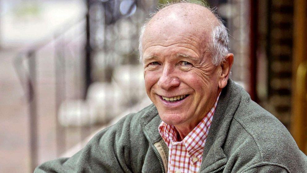 Ο τέρενς Μακνάλι, Τόνι βραβευμένος θεατρικός συγγραφέας, πέθανε στα 81 από COVID-19 επιπλοκές