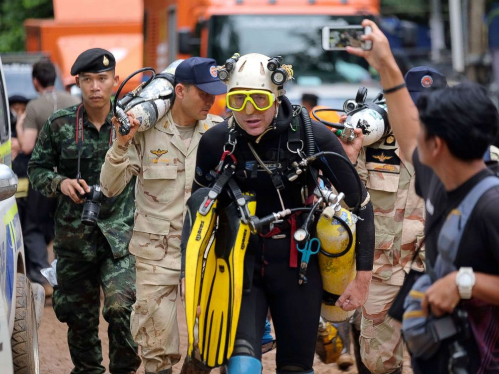 PHOTO: British cave-diver John Volanthen walks out from Tham Luang Nang Non cave in full kit without any response to reporters questions, June 28, 2018, in Chiang Rai, Thailand.