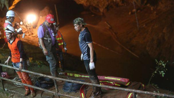 https://s.abcnews.com/images/International/thailand-cave-rescue-ap-mo-20180628_hpMain_16x9_608.jpg