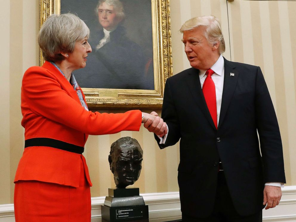 PHOTO: British Prime Minister Theresa May shakes hands with President Donald Trump in the Oval Office of the White House, Jan. 27, 2017.