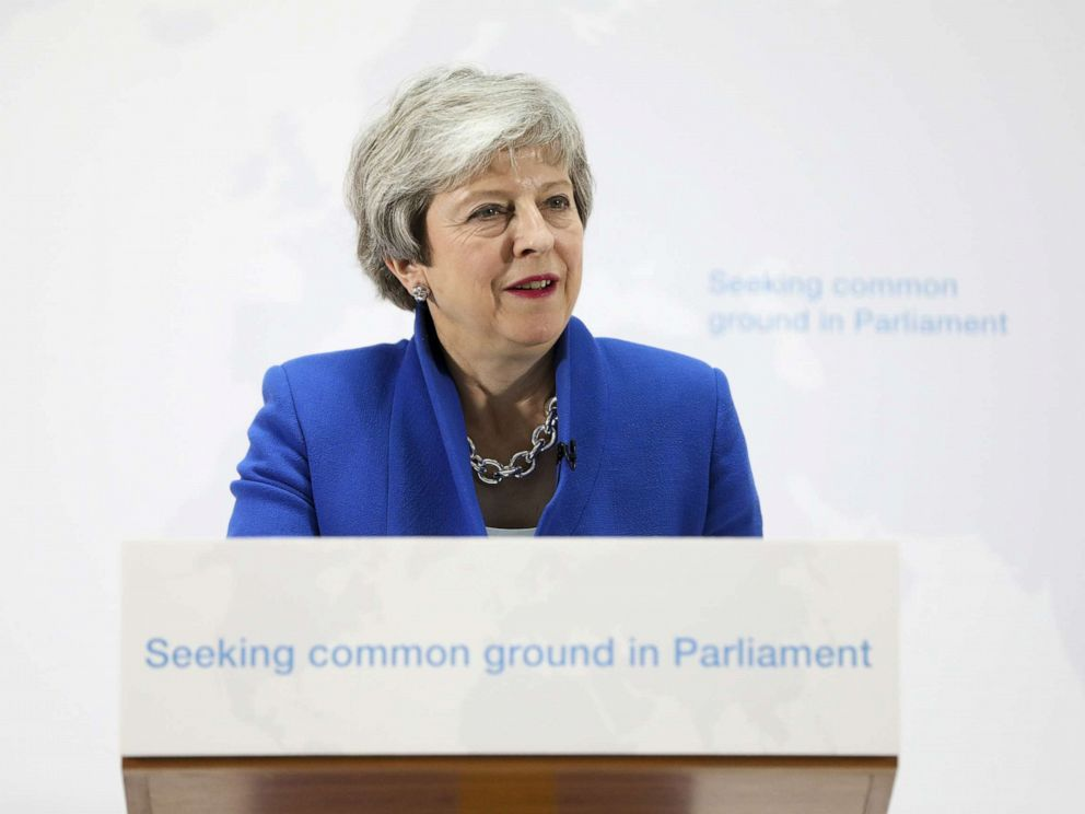 PHOTO: British prime minister Theresa May delivers a speech setting out a new proposal for her Brexit deal in London, May 21, 2019.