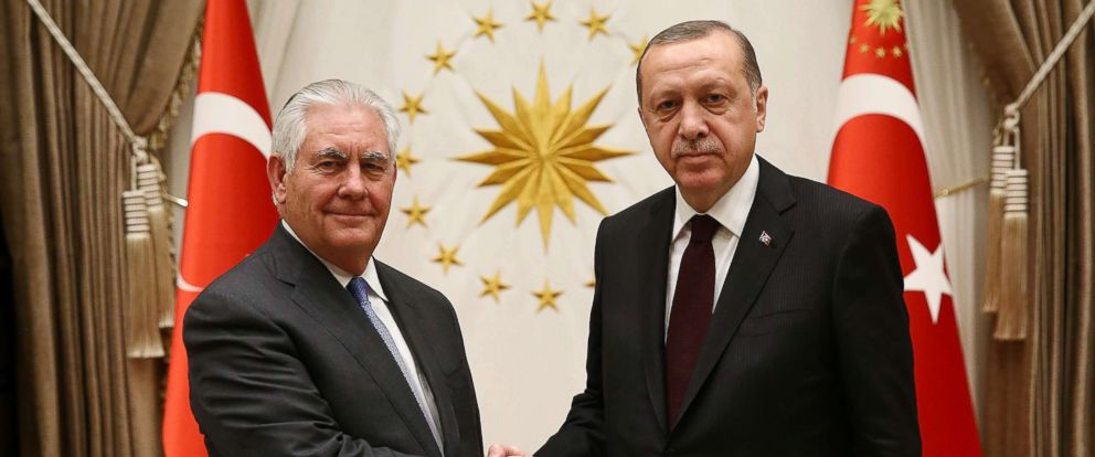 PHOTO: Turkish President Recep Tayyip Erdogan (R) receives US Secretary of State Rex Tillerson (L) at the Presidential Complex in Ankara, Turkey, Feb. 15, 2018.