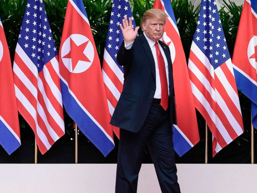 PHOTO: President Donald Trump waves after saying goodbye to North Korea leader Kim Jong Un at the Capella resort on Sentosa Island in Singapore on June 12, 2018.